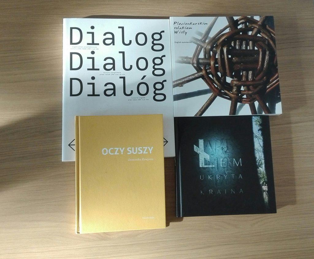 catalogue translation Polish English